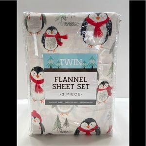 NEW Keeco Twin Flannel Sheet Set 3 Piece Penguin
